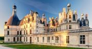 À Chambord, les vignerons de Cheverny ouvriront en juillet prochain une maison des vins, en face du château.