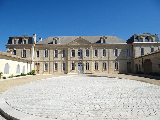 Le château Soutard a été élu Best of d'or du Wine Tourism, dans la catégorie architecture, parcs et jardins. photos: R.Poissonnet/Pixel image