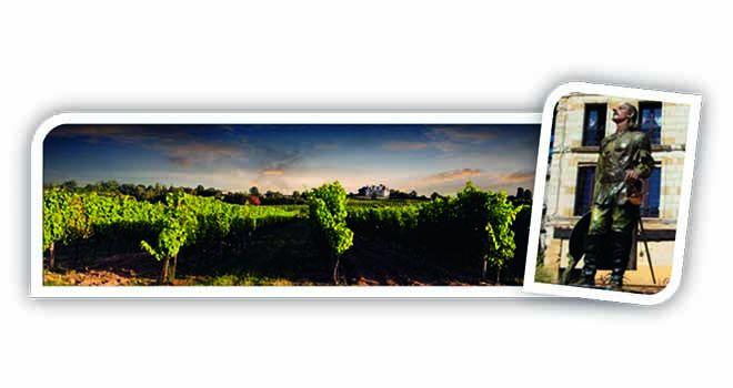 Cyrano contemplant le vignoble bergeracois. En parts de marché sur les AOP vins rouges, l'ensemble Bergerac - IVSO occupe la 3eplace nationale avec 294000hl écoulés, derrière Bordeaux et la vallée du Rhône (chiffres2013, source: Iri Symphony). photos: CIVRB