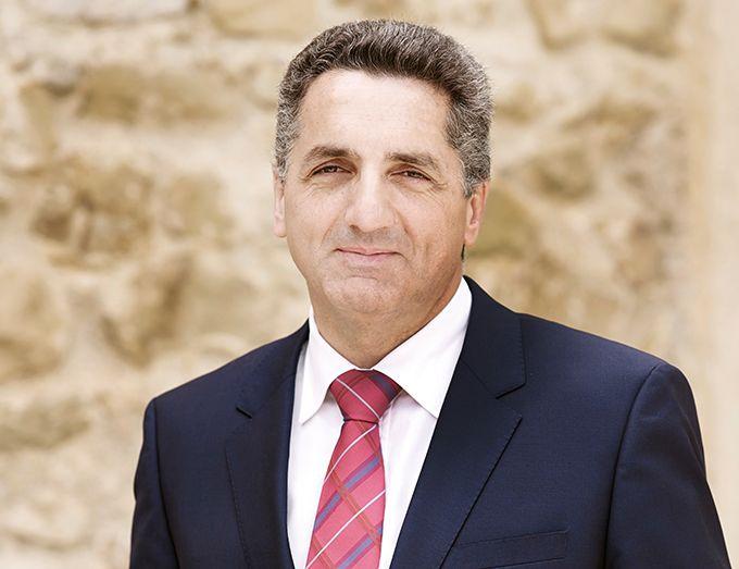 Bertrand Girard est président du directoire de Vinadéis, premier groupe coopératif vitivinicole de France, et directeur général d'InVivo Wine. Photo : Vinadéis