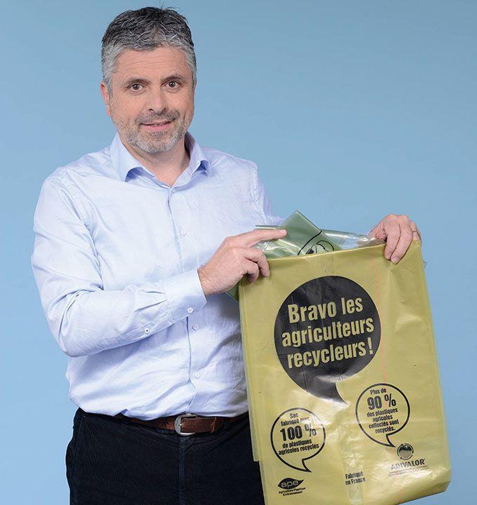 «Nous travaillons pour le lancement d'un programme de collecte des emballages de produits œnologiques en 2018», indique Pierre de Lépineau, directeur d'Adivalor. Photo : Adivalor