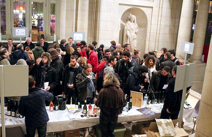 Le Salon Biotyfoule a mis en place un atelier dégustation pour promouvoir les vins bio. © Biotyfoule