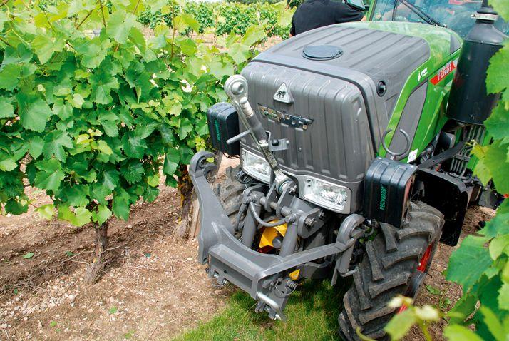 Pour bien fonctionner, les capteurs doivent être à au moins 40cm de la végétation, et au maximum à 1m. © S. Billaud/ATC