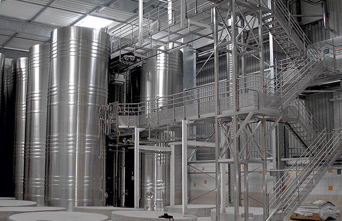 Des cuves compartimentées dans une maison  de Champagne. CP :  Pierre Guérin