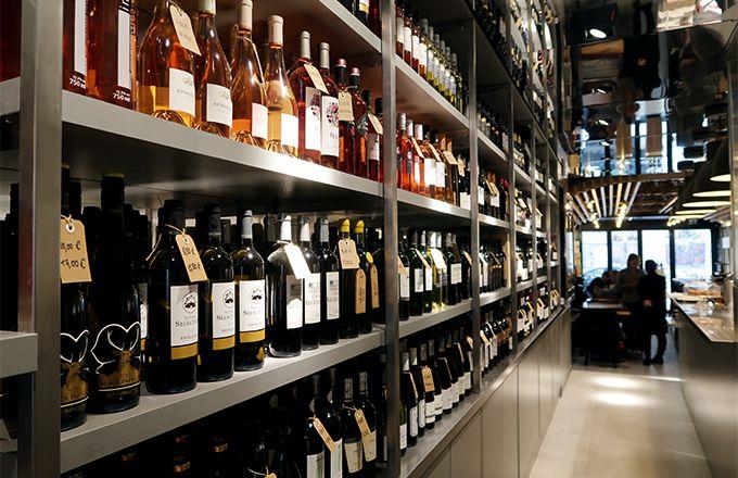 Le bar-restaurant Tutiac Wine Bar fait aussi caviste. CP : Laetitia Bonnet