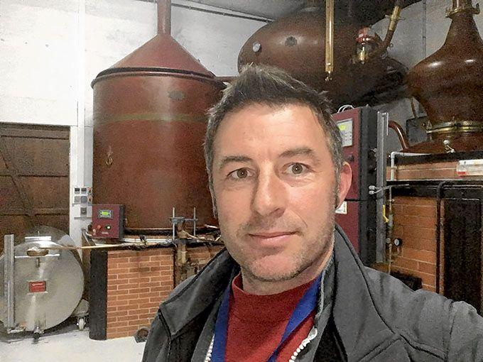 «J'entends des viticulteurs résignés sur la fin  du glyphosate et plus largement sur l'interdiction, à terme, du désherbage chimique, je ne puis m'y résoudre», écrit Olivier Sauvaitre sur son blog.