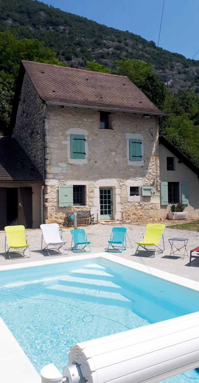 La piscine chauffée, un atout apprécié par la clientèle familiale…