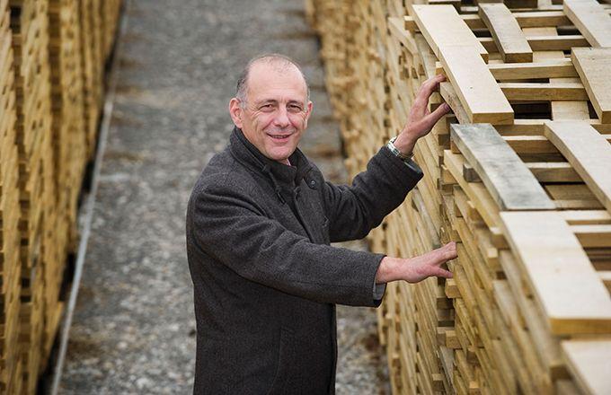 Jean-Luc Sylvain,  président de la Fédération  des tonneliers de France,  ne constate aucun impact  du changement climatique  sur la tonnellerie,  qui se porte très bien. Photo : Jean-Luc Sylvain.