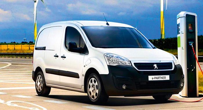 Chez PSA, le Peugeot e-Partner et le Citroën Berlingo Electric disposent de caractéristiques similaires.