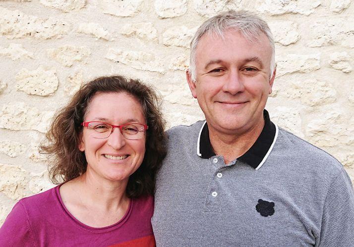 Pascale Croc et Gary Charré produisent un mélange féverole-avoine pour leurs couverts.