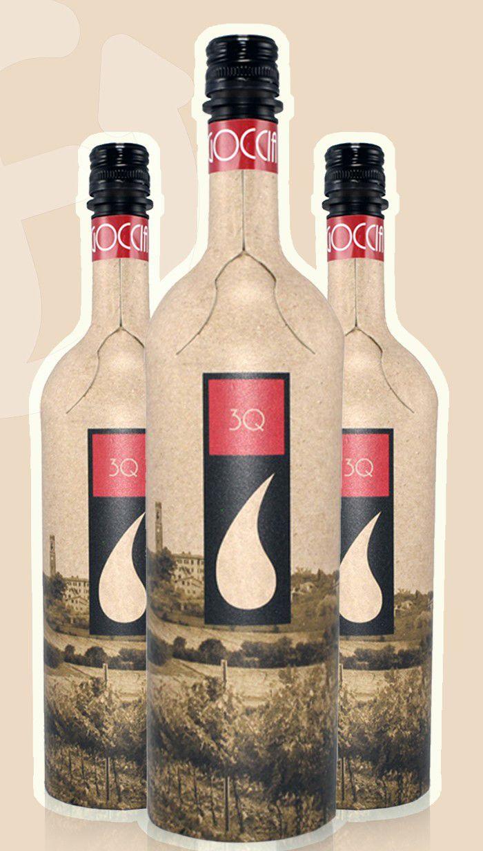 Cette bouteille de 75cl, baptisée Frugal, est fabriquée à 94% de carton recyclé et comporte une doublure en plastique. Son coût serait comparable à une bouteille en verre étiquetée.