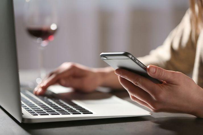 Dans un contexte politique et commercial actuel complexe, utiliser le digital peut aider à conquérir et à entretenir des marchés du vin!