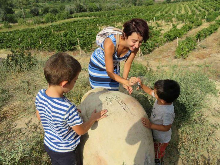 Les enfants à la découverte des karas en Arménie (Marina Mirzabekian)