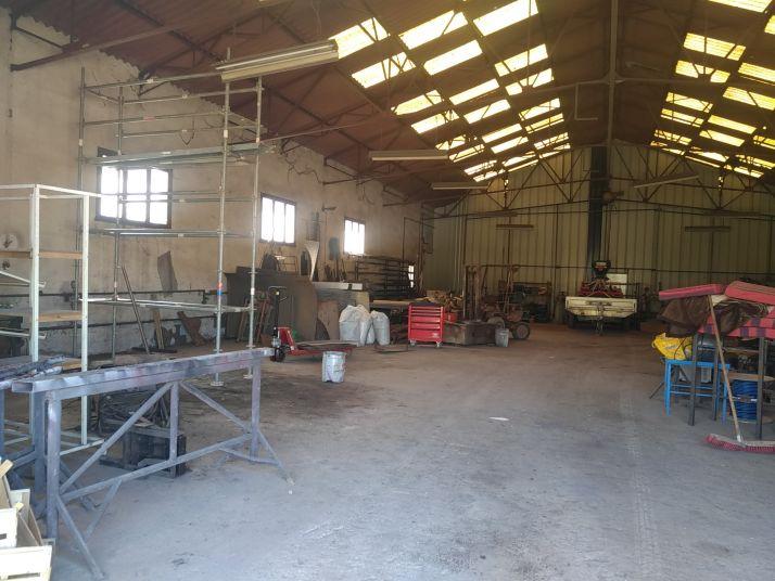 La maison des technologies paysannes dans le Minervois. Atelier Paysan