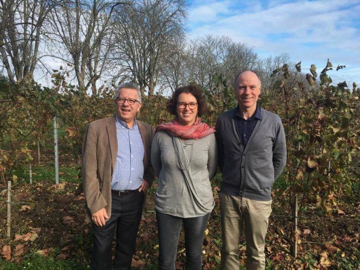 Bruno Chardigny, Isabelle Lavedeze et Jean-Luc Dedieu représentant le groupe Bayer. Photo : DR