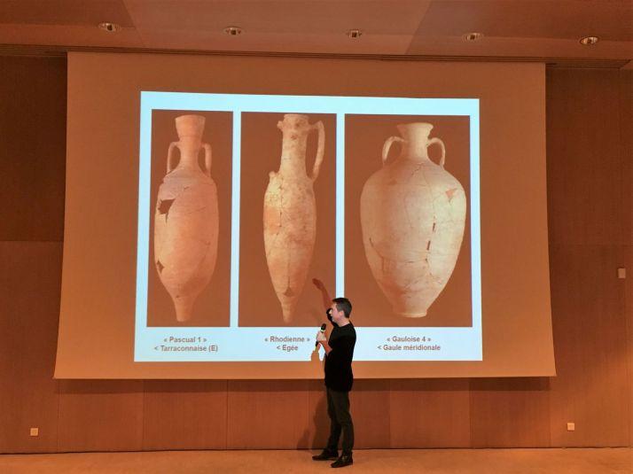 Tout comme nos régions ont coutume d'utiliser des bouteilles de forme différentes, les formes des amphores indiquent leur provenance.
