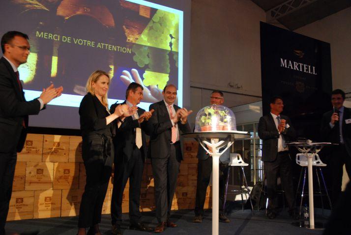 La filière Cognac s'est réunie à la maison Martell le 12 avril 2017 pour présenter les premiers résultats des travaux sur les cépages résistants menés de concert par le BNIC, l'IFV, l'Inra et le CVC. Photo : O. Lévêque/Pixel Image