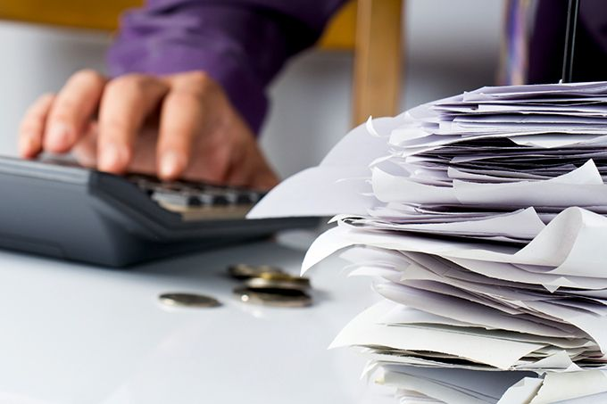 Depuis janvier2014, lorsqu'une propriété est intéressée par la démarche, Vinallia réalise un audit de la fonction achat sur la base des factures d'un exercice complet. L'adhésion initiale correspond à 10% des économies mesurées, avec une garantie «satisfait ou remboursé». Photo : patpitchaya/fotolia
