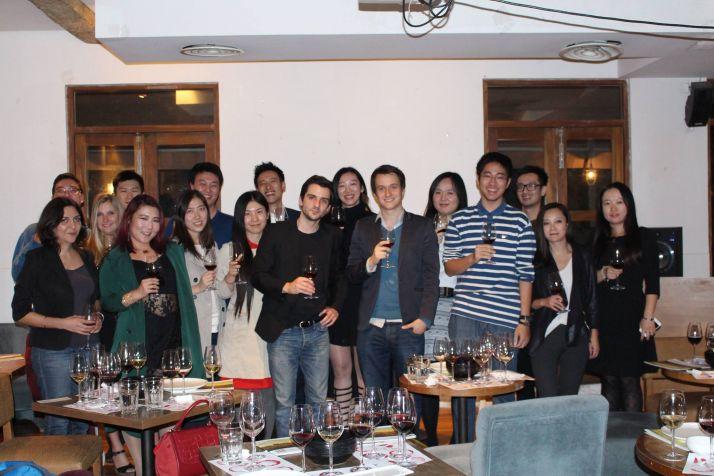 French Cellar China : « Le vin par abonnement en Chine se développe ». Photos issues du Facebook French cellar
