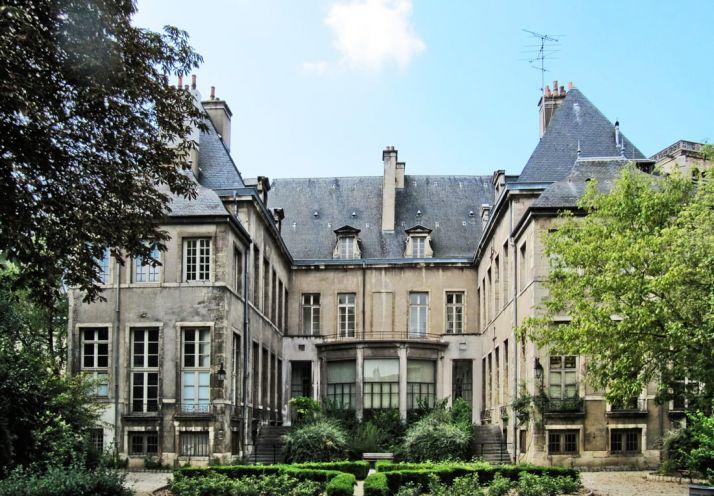 L'hôtel Esterno à Dijon, sera peut-être le futur siège de l'OIV après rénovation (Dijon Beaune Magazine)