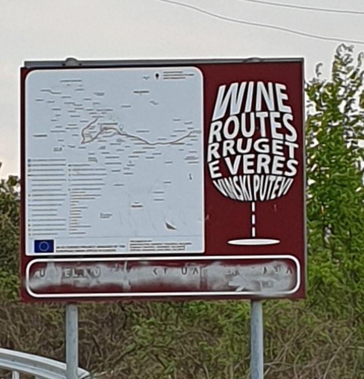 Une route des vins autour de Rahovec, est déjà proposée aux touristes curieux de découvrir le Kosovo.