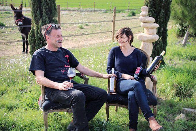 Anaïs et Yves Ricome travaillent ensemble depuis 2007. Ledomaine estdans la famille depuis 1982. Photo : La Croix Gratiot