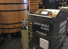 L'oxydation contrôlée des moûts permet de prémunir le vin contre les effets d'un vieillissement précoce, en oxydant dès le moût tout ce qui peut être oxydé. CP : Michael Paetzold.