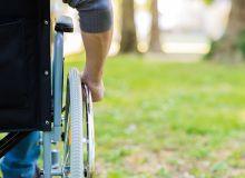 L'assurance décès invalidité (ADI) vise à prémunir  les proches de l'emprunteur des conséquences financières dans l'hypothèse du décès de celui-ci, de son invalidité liée à un accident ou d'une maladie le privant  de son emploi.