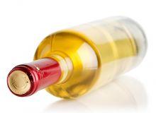 Les capsules de surbouchage des bouteilles de vin ont aussi leur mode.© Yurakp/Fotolia
