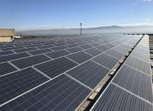 En 2016, des panneaux photovoltaïques ont  été posés au château Kefraya au Liban.