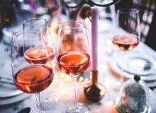 En France les ventes de vin rosé dépassent le vin blanc dans tous les secteurs (en grandes surfaces, chez les cavistes comme les restaurateurs).  Photo : DR