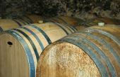 Zoom sur deux outils développés pour faciliter le travail lors de l'assemblage des vins. Photo : A. Bressolier/Pixel Image