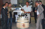 Si le catalogue national et le catalogue régional – la Bourgogne fait partie de la grande région Est – impliquent un référencement des vins par la centrale d'achat de l'enseigne, au niveau local, en revanche, chaque magasin a la possibilité de sélectionner des producteurs locaux. © e. thomas/Pixel Image