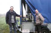 Pascal Mathouret et Emmanuel Barou embouteillent la quasi-totalité de leur production avec le matériel en Cuma. © I. Aubert/pixel image