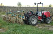Si le cultivateur a l'avantage d'éviter le lissage,  il bourre facilement en cas de fort enherbement. Photos: O.Lévêque/Pixel Image