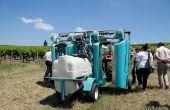 Le Koléos de Dhugues est le matériel qui a été le plus testé en Gironde. Il est notamment utilisé sur le site du lycée viticole au Château La Tour Blanche en appellation sauternes. Photo :  R. Poissonnet/Pixel Image