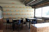 Tous les jours, dans cette salle de dégustation, l'équipe d'acheteurs-sommeliers de Vinatis dégustent à l'aveugle les vins à sélectionner. Photos : A. Domenach/Pixel Image