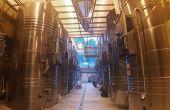 Plusieurs process de cuvaison courtes «améliorées» ont été testés à la cave expérimentale de l'ICV pour bien vinifier les raisins récolter en légère sous-maturité. Photo : ICV
