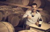 Maxime Saint-Martin :  jeune viticulteur et président des Crus Artisans du Médoc. Credit photo : Jean-Bernard Nadeau.