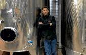 Nicolas Paul a repris le domaine familial en 2010.  Les vins rosés représentent 70% de la production du domaine qui compte 52ha de vigne. L'irrigation est mis en place progressivement depuis 2017.  © Nicolas Paul